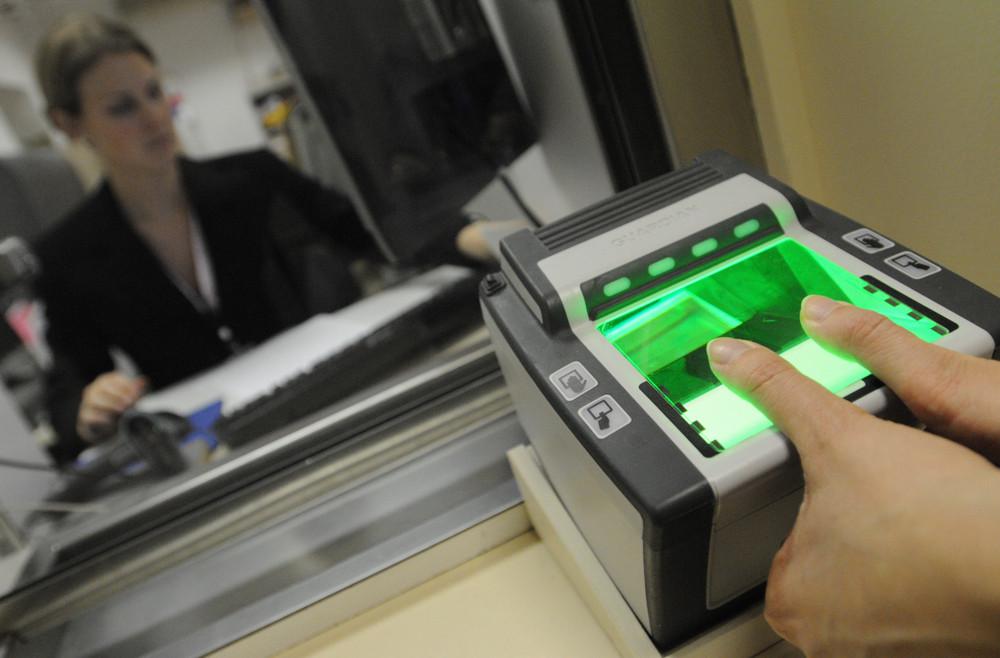 Сдачи биометрических данных для визы в Голландию