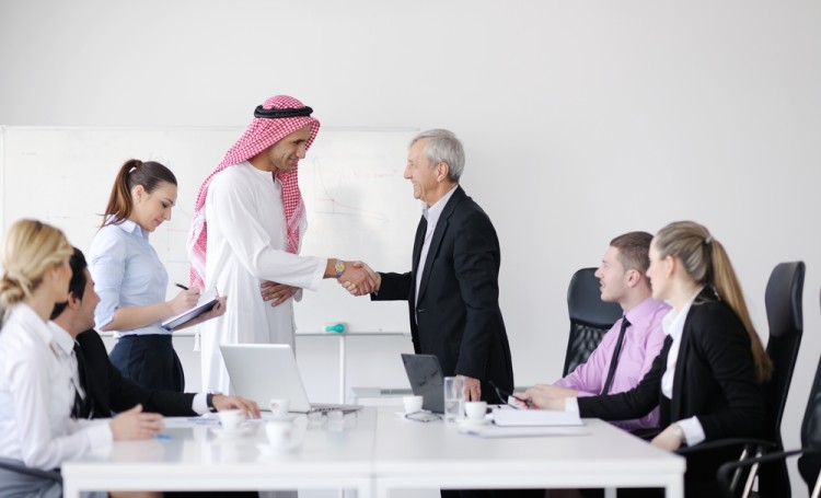 На какие должности не может устроиться работать иностранец