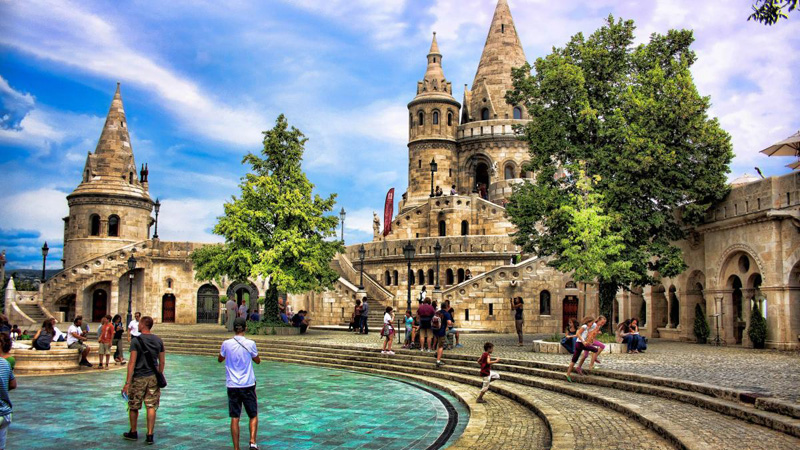 Получение туристической визы в Венгрию
