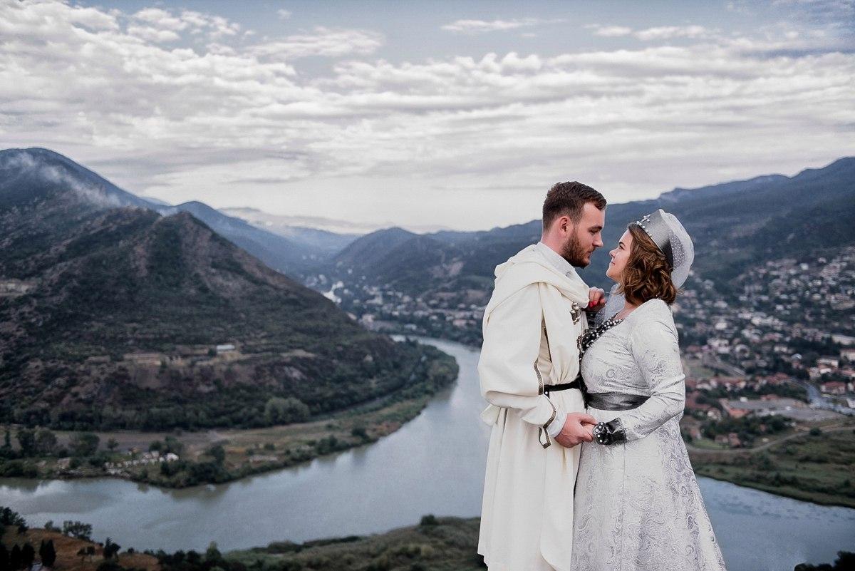 Брак с гражданином Грузии - способ получения ВНЖ