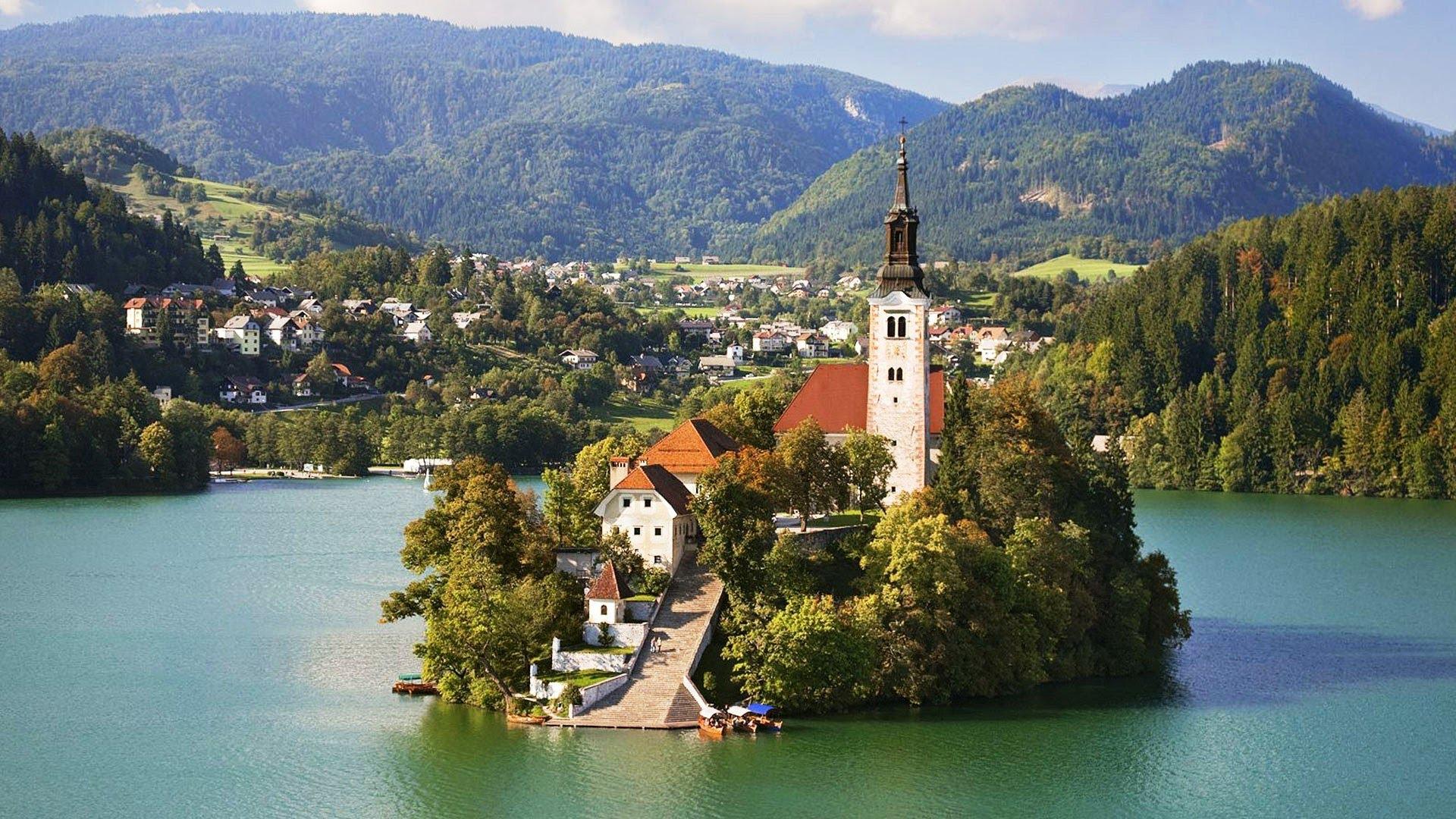 Эмиграция в Словению