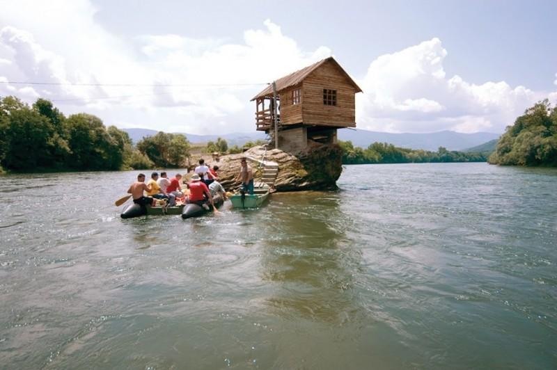 ВНЖ в Сербии через покупку недвижимости