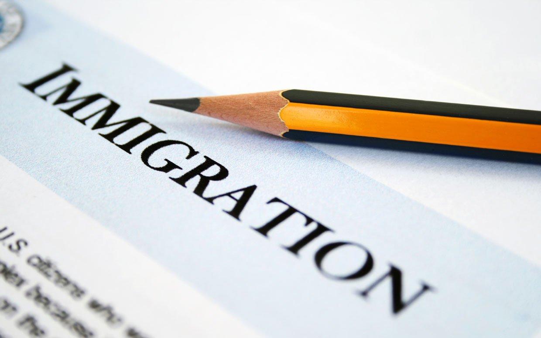 Правильно поданные документы - залог получения ВНЖ в Латвии