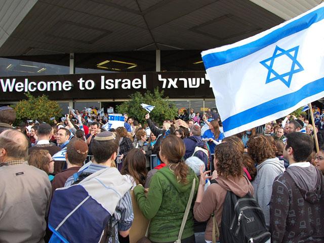 Эмиграция не евреев в Израиль