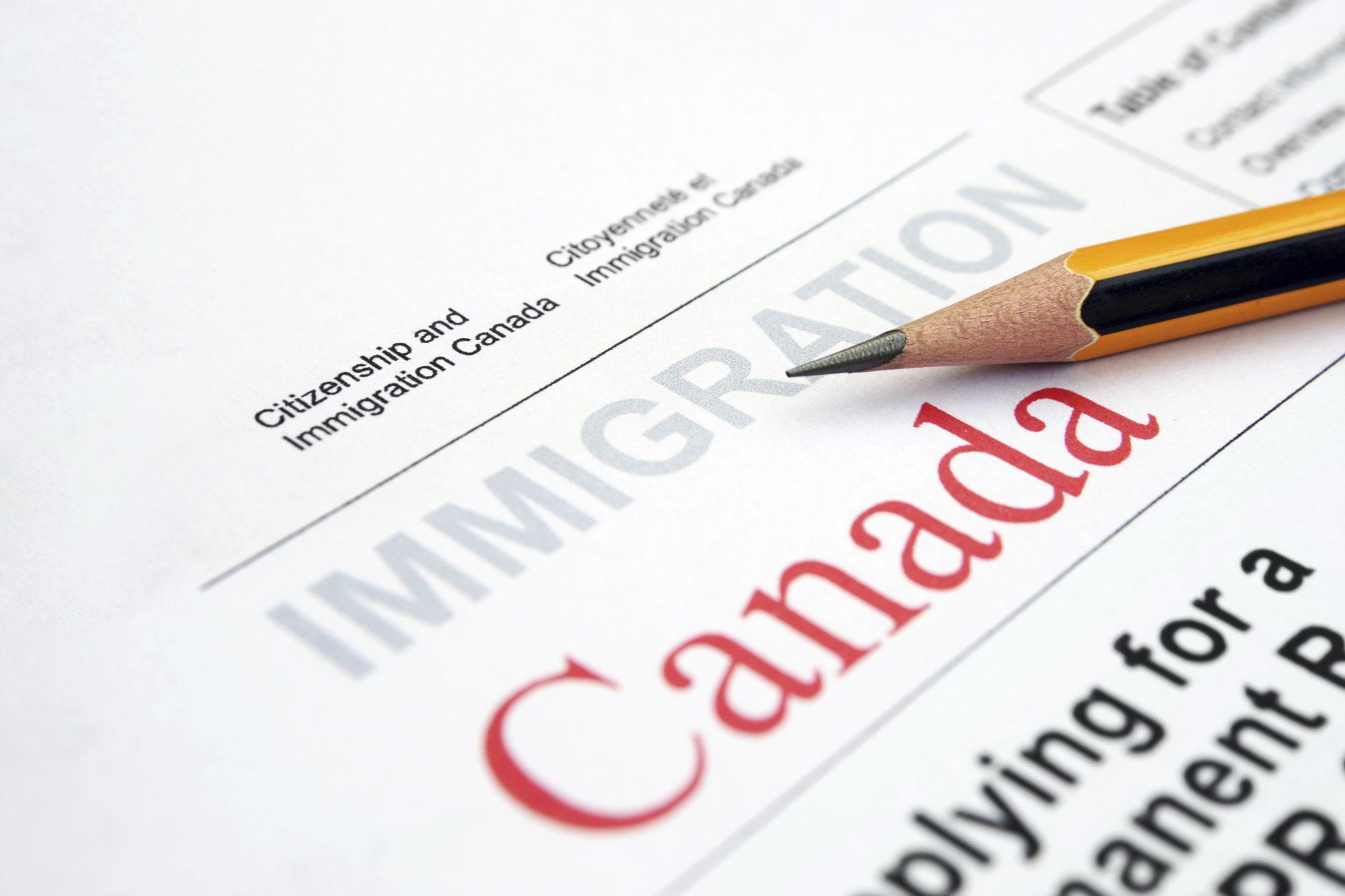 Правила и законы для получения ВНЖ в Канаде