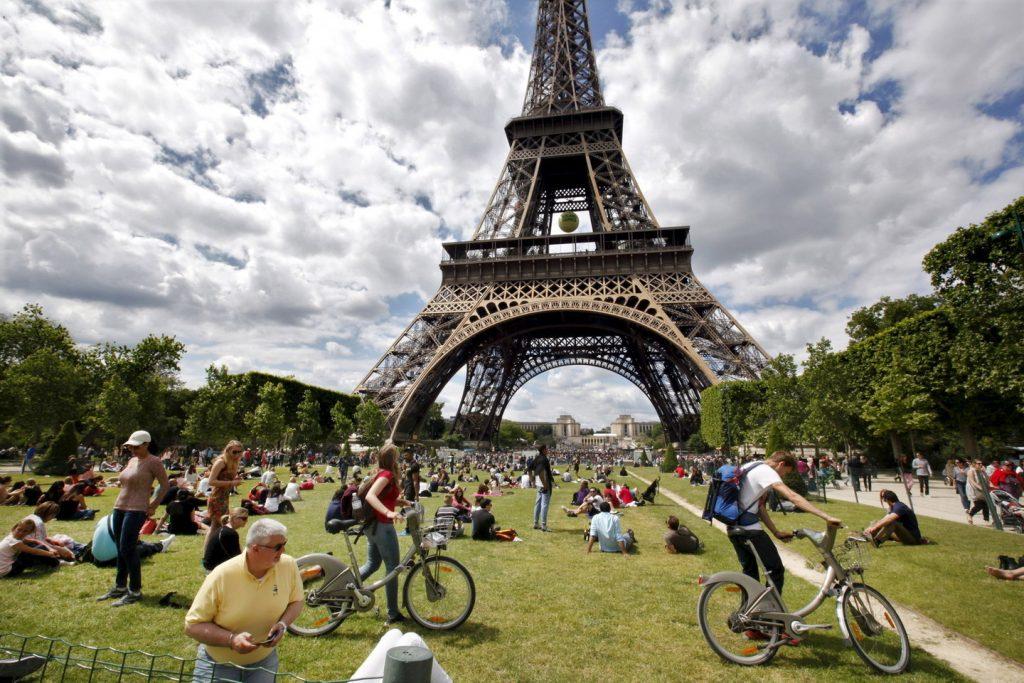 Как оформить визу во Францию