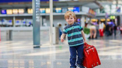 Нужен ли загранпаспорт ребенку до 3 лет?